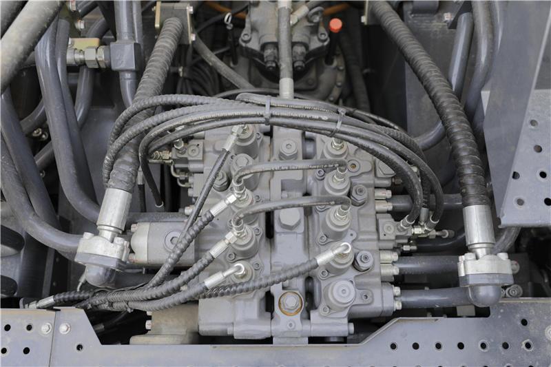 【多圖】徐工XE1250礦用液壓挖掘機可靠高效的液壓系統細節圖_高清圖