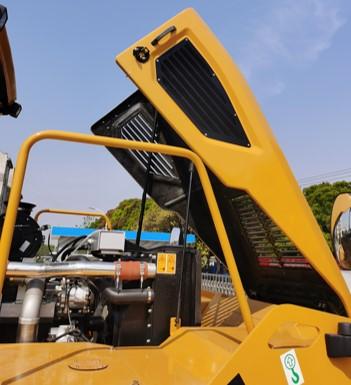 【多图】柳工CLG6530E轮胎压路机细节图_高清图