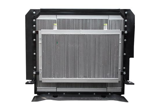 【高效散热器】6mm大波距散热器,780mm大直径风扇,环式导风罩,散热效果提升30%。