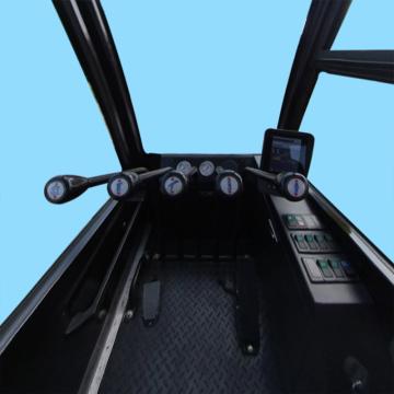 三一重工STC160E汽车起重机操纵室