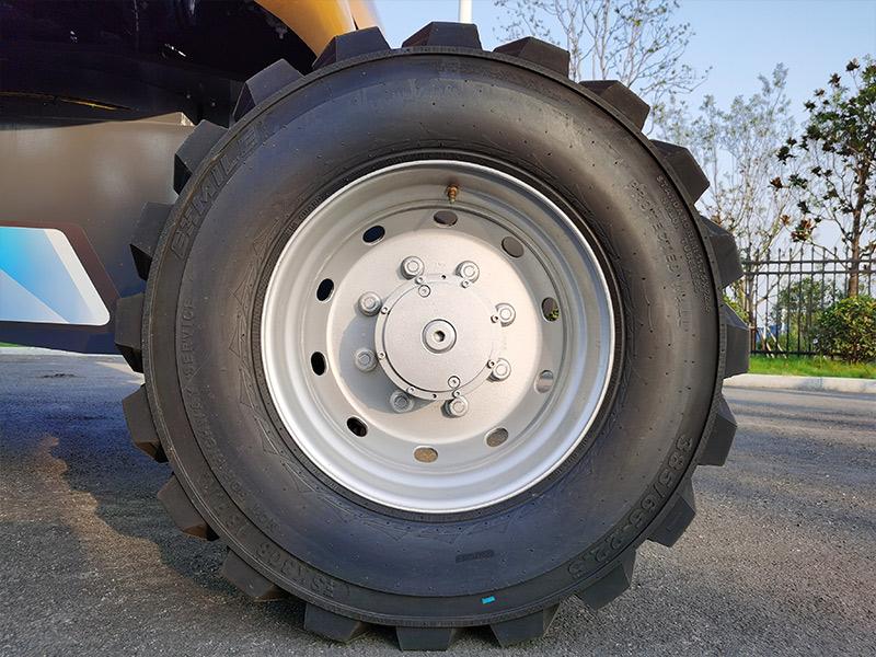 【多图】徐工XGS28直臂式高空作业平台灌注式越野轮胎细节图_高清图