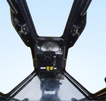 山工SEM818D湿地型推土机驾驶室