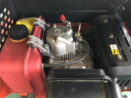 【发动机】采用发动机-泵-阀集成动态、智能控制系统,油耗效率高8%,油耗低10%。