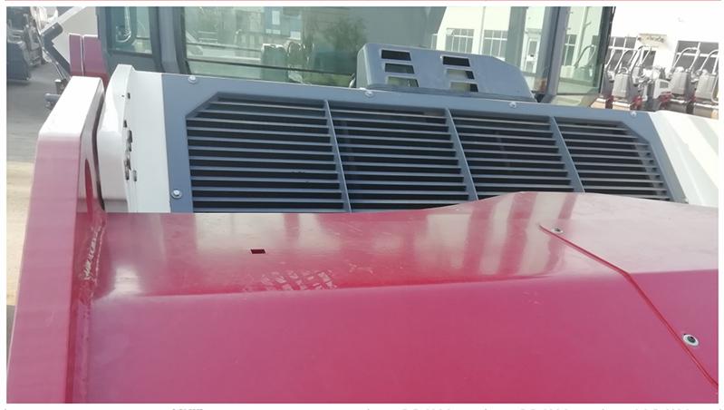 【多图】戴纳派克BCC系列双钢轮压路机冷却系统细节图_高清图