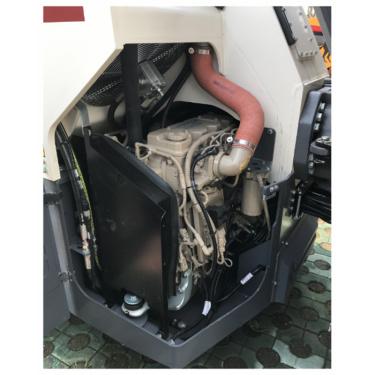 【动力系统】1.功率强劲的发动机 ——进口康明斯/东风康明斯任您选择2.优化的动力输出 ——自动怠速控制,减少发动机油耗; ——手柄在中位超过10秒,发动机自动进入怠速状态。