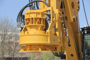 【多图】中车 TR228H 旋挖钻机动力头细节图_高清图