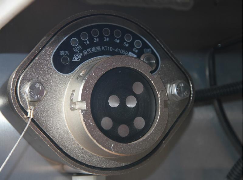 【多图】中集凌宇液罐半挂车自检防溢流系统细节图_高清图