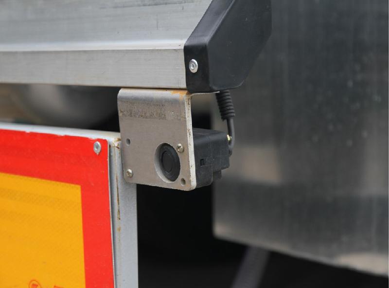 【多图】中集凌宇液罐半挂车倒车自动刹细节图_高清图