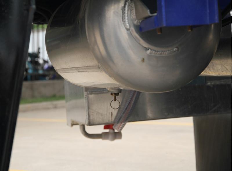 【多图】中集凌宇液罐半挂车铝合金储气筒细节图_高清图