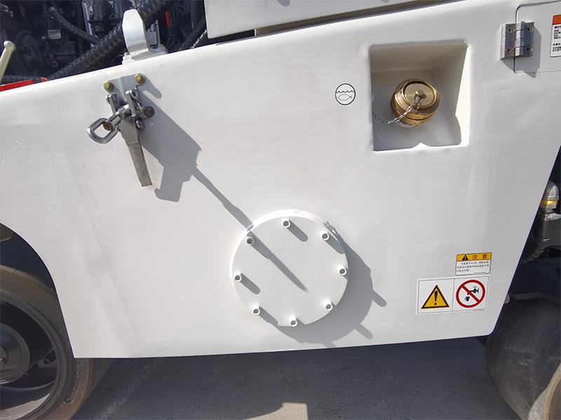 【多图】山推SMT50-C6N铣刨机洒水系统细节图_高清图