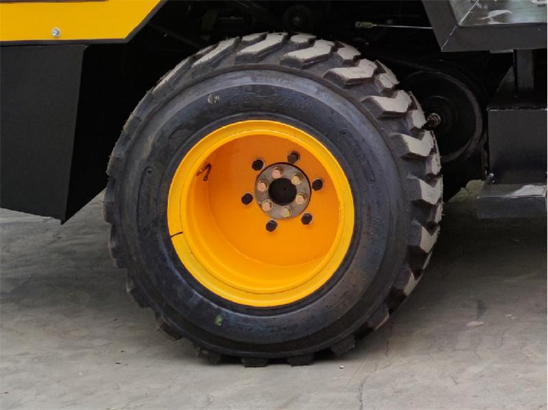 【多圖】宜迅3.5噸單鋼輪壓路機輪胎細節圖_高清圖