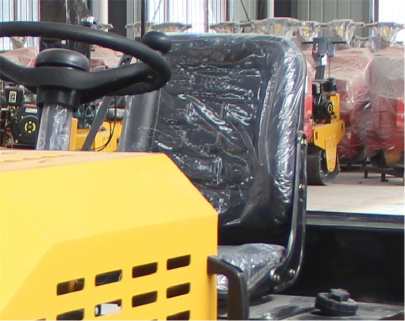 【多图】宜迅2吨全液压双钢轮压路机真皮座椅细节图_高清图