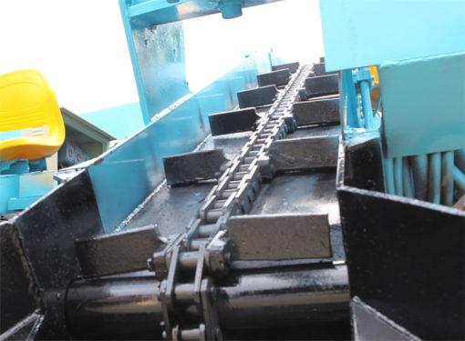【输送刮板】刮板宽度520mm,高度80mm,更方便传送大块物料。