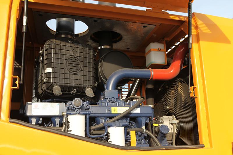 【多图】晋工JGM771FT32KV叉装车动力系统细节图_高清图