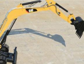 【加强型结构件】加强型结构设计,让设备整个结构的强度和可靠性显着提高,增强了大臂的强度,提高了抗扭能力,机器人焊接,质量更稳定。