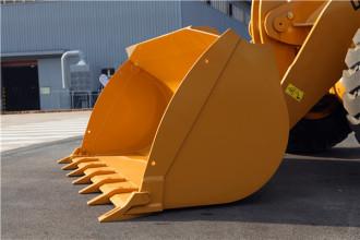 【多图】山工亚搏直播视频appSEM653D装载机铲斗细节图_高清图