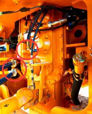 【维修方便】方便维修1、变速箱变矩器分体式安装,拆卸检修更加方便; 2、定轴式变速箱设计简单可靠,容易保养,维修成本低;3、液压系统带测压接头,方便压力检测;4、机罩后隔栅可打开,方便清洗冷却模块。