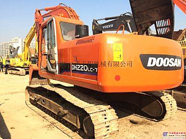 出售二手斗山220-7挖掘机;斗山150、225、370二手挖掘机价格