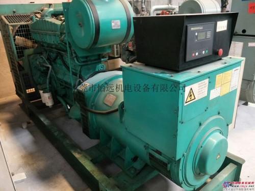二手300千瓦重庆康明斯柴油发电机组出售