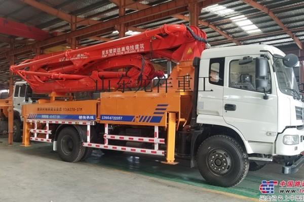 供应东风车载泵价格 小型混凝土泵车 臂架式泵车 混凝土输送泵车