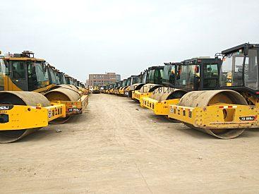 (上海二手压路机交易市场)供应徐工22-26吨压实机械压路机