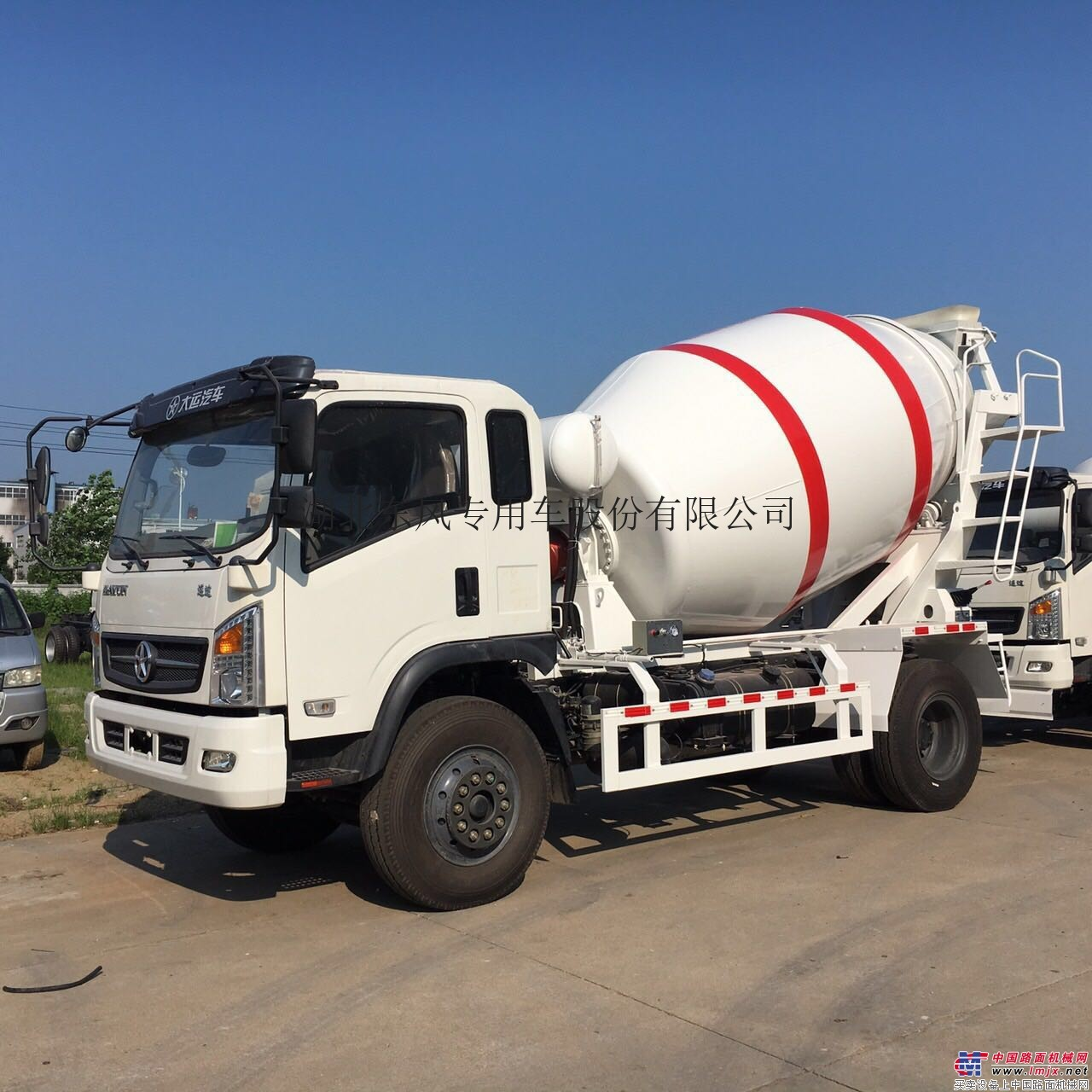 出售二手福田/东风搅拌运输车