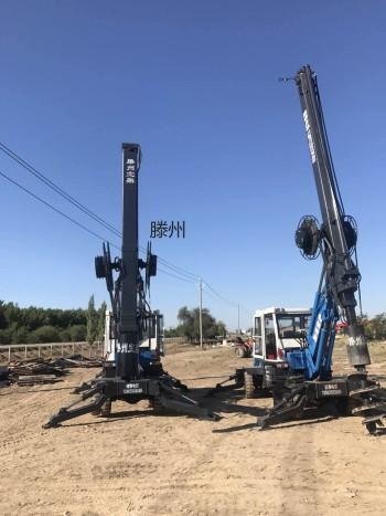 新疆 滕州宝鼎轮式旋挖钻机 工作现场