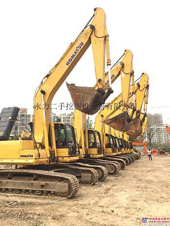 长沙二手挖掘机市场,转让二手小松200、240和360挖掘机,支持分期,免费包运