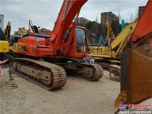 出售二手斗山225-7挖掘机