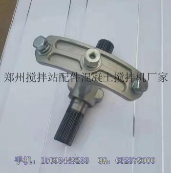 供应搅拌站219/273/323螺旋绞龙配件铝合金中吊轴花键套
