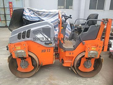 出售二手悍马3吨双钢轮压路机