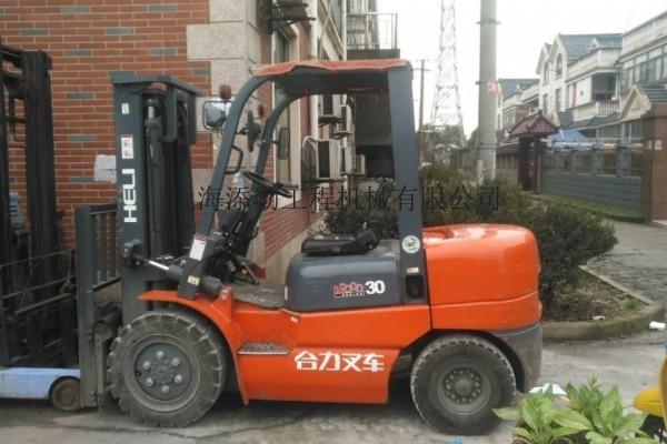 上海叉车出租价格一览表(2吨,3吨,5吨出租)