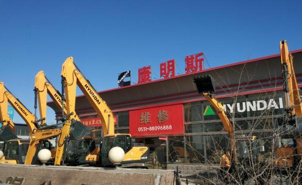 济南挖掘机维修服务站精修大修挖掘机发动机附近工程机械修理厂
