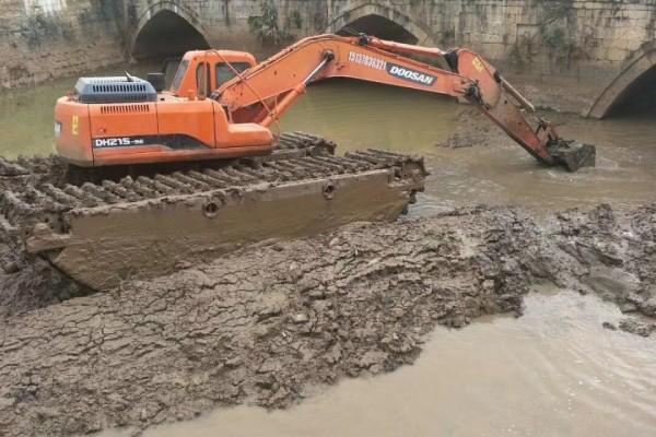 浙江河道淤泥清淤 河道治理 水库清理淤泥 水挖机出租