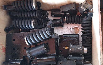 扒渣机履带支重轮