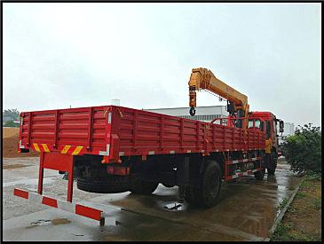 四川宜宾8吨10吨12吨14吨16吨随车吊多少钱_怎么卖_可以分期买么?