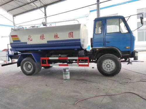 陕西省榆林二手东风洒水车总代理/优质底盘/全新水泵/罐体/上装件