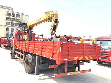 辽宁徐工八吨随车吊,东风八吨随车吊,八吨随车吊价格随车吊
