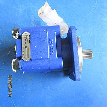供应徐工1000K装载机803045357-P3100-32(1113041236)制动散热泵