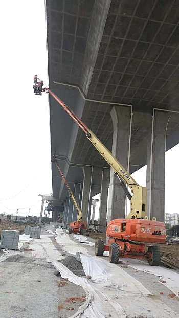 上海闵行出租JLG860SJ高空作业车作业高度28米 出租6-16米升降机