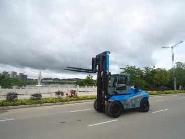 15吨叉车多少钱一台轻型15吨叉车采购厂家