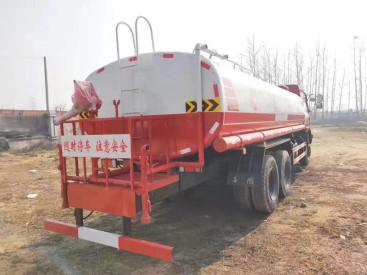 湖北程力洒水车 贵州二手东风20吨洒水车多少钱一辆?二手20吨洒水车厂家