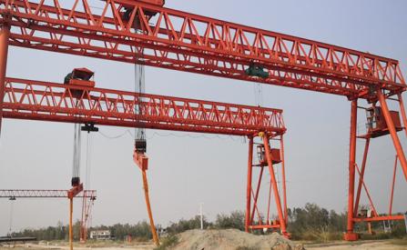 河北石家庄龙门吊出租60吨大型门吊