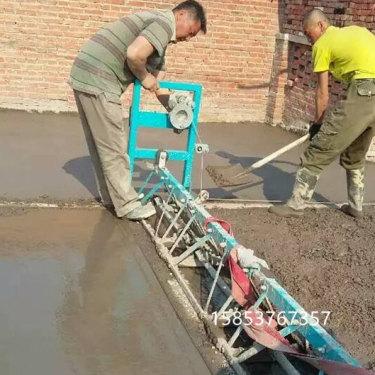 标节式框架整平机路面混凝土摊铺机一次成型