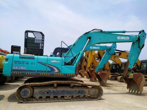 昆明出售二手神钢200、260和350挖掘机,质保一年,支持按揭
