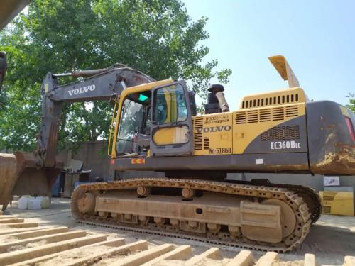 面向内蒙转让沃尔沃360二手挖掘机和小松360二手挖掘机,包质量包运输