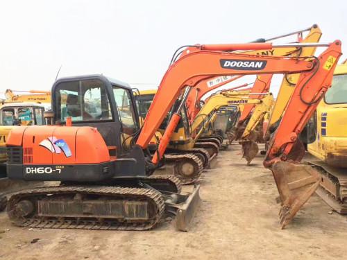 行情不好,低价转让斗山60、卡特306,三一60和三一75二手挖掘机