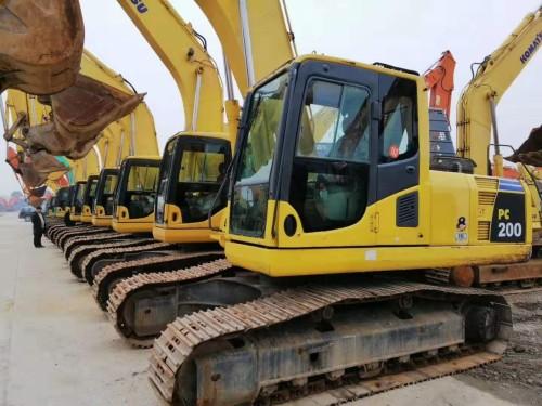 哈尔滨周边,低价转让二手三一、卡特、小松和神钢挖掘机,包运货可分期