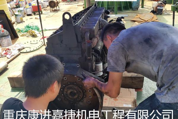 维修康明斯柴油机(发动机)空压机