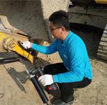 供應徐工LG1200挖掘機用電動黃油槍機械設備可用12v加油機